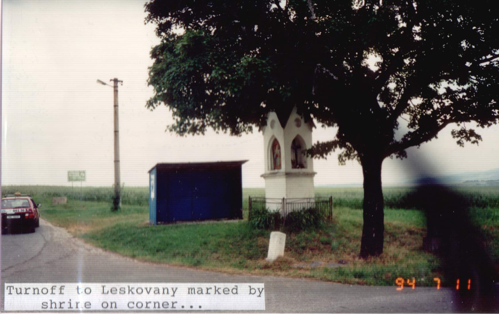 Turn off to Leskovany